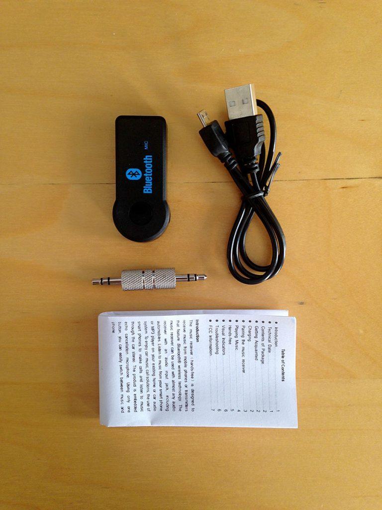 Arabada bluetooth ile telefondan müzik dinlemek için iPhone Samsung Lg Bluetooth Aux Araç Kiti kutudan çıkanlar: Bluetooth alıcı, mini-USB kablo, 3.5mm çift taraflı stereo jak, kullanma kılavuzu
