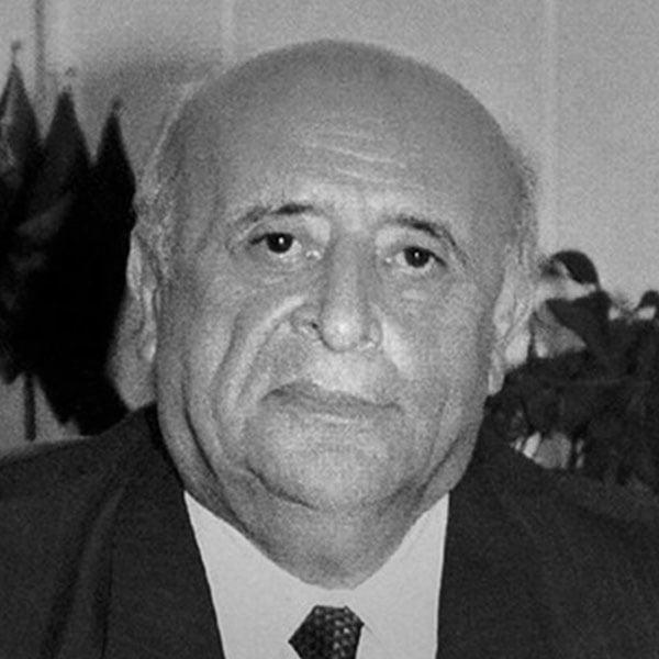 Süleyman Demi̇rel. Türkiye Cumhuriyeti 9. Cumhurbaşkanı. 16 Mayıs 1993 - 16 Mayıs 2000